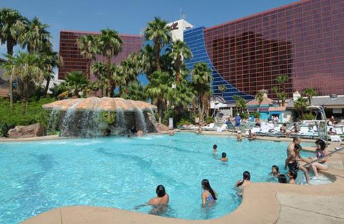 Sapphire pool at the rio all-suite hotel /u0026 casino casino u splitu